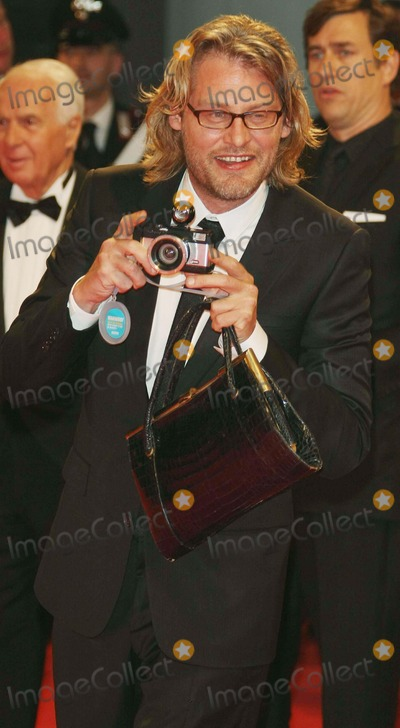 Andrew Dominik Photo - Andrew Dominik Director Premiere of the Assassination of Jesse James by the Coward Robert Ford at the 64th Film Fest in Palazzo Del Cinema Venice Italy 09-02-2007 Photo by Graham Whitby Boot-allstar-Globe Photosinc