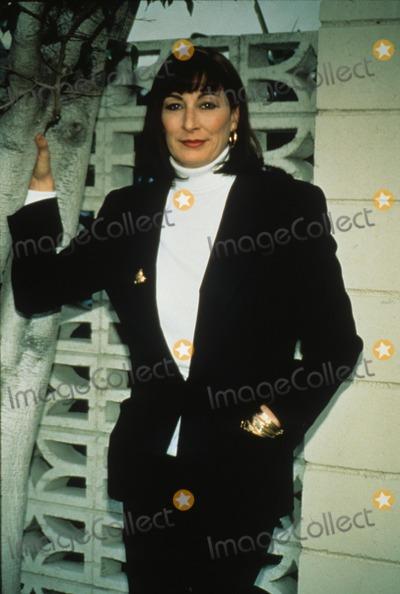 Anjelica Huston Photo - Anjelica Huston 1992 L3404 Photo by Sylvia Norris-Globe Photos Inc