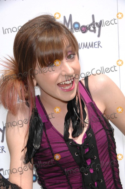 Allisyn Arm Photo - Allisyn Ashley Arm During the Premiere of the New Movie From Relativity Media Judy Moody and the Not Bummer Summer Held at the Arclight Hollywood Cinemas on June 4 2011 in Los angelesphoto Michael Germana  - Globe Photos Inc 2011
