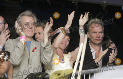 Sting Photo - L-r Ian Mckellen Trudie Styler Sting Live 8 Hyde Park London Uk July 02 Photo by Alec Michael-Globe Photos Inc