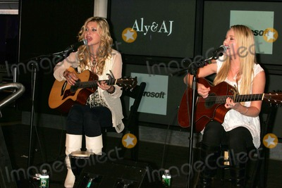 Aly and AJ Photo - Teen Music Sensations Aly and Aj Promote the 2007 Samsung S Hope For Education Program with a Free Performance with Songs From Their Upcoming Cd at the Time Warner Center New York City 04-11-2007 Photo by Rick Mackler-rangefinder-Globe Photos Inc