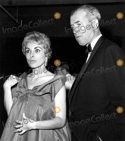 James Stewart Photo - Janet Leigh and James Stewart B450 Supplied by Globe Photos Inc Janetleighretro