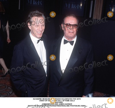 James Garner Photo -  Museum of Tvradio Celebrates the 50th Anniv of Hallmark Hall of Fame Gala NYC 02072001 James Woods and James Garner Photo by Rick MacklerrangefindersGlobe Photosinc