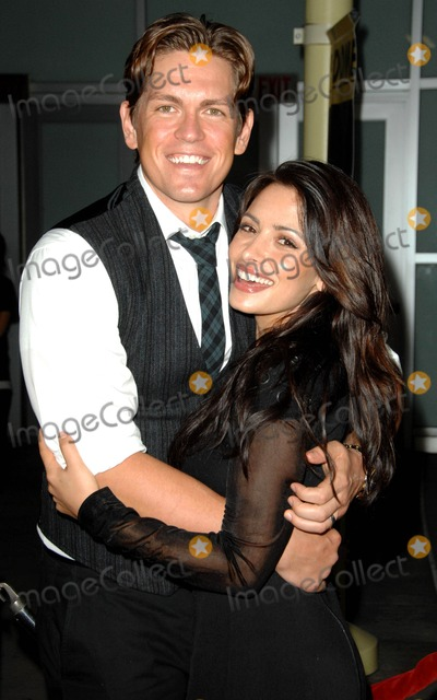 Steve Howey Photo - Sarah Shahi Steve Howey attends the Los Angeles Premiere of Stan Helsing Held at the Arclight Theatre in Hollywood California on October 20 2009 Photo by David Longendyke-Globe Photos Inc 2009