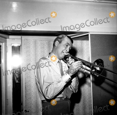 James Stewart Photo - James Stewart Hfc 194 Globe Photos Inc