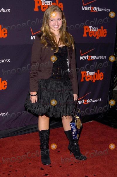 Amy Bruckner Photo - Teen Peoples Fourth Annual Artists of the Year Event Will Honor Shakira Element Club Hollywood CA 11-22-05 Photo David Longendyke-Globe Photos Inc 2005 Image Amy Bruckner