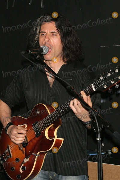 Alex Skolnick Photo - Alex Skolnick Trio Performance at the Cutting Room-new York City the Cutting Room-nyc-041307 Alex Skolnick Photo by John B Zissel-ipol-Globe Photos Inc 2007