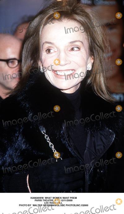 Lee Radziwill Photo -  What Women Want Prem Paris Theatre NYC 12112000 Lee Radziwill Photo by Walter WeissmanGlobe Photosinc