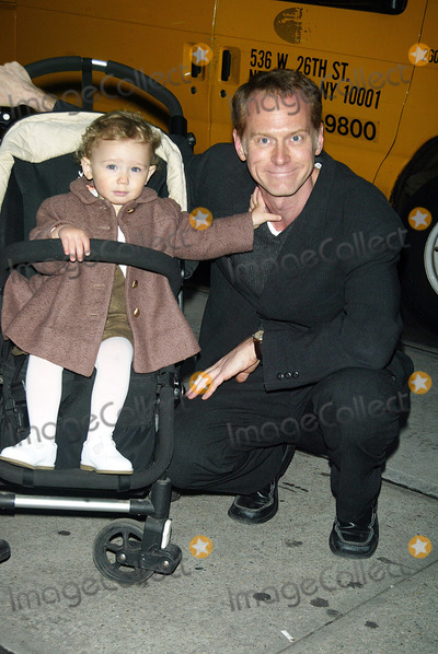 Alan Taylor Photo - Tribeca Film Festival Ifc Productions Party at Diesel Style Lab in Soho New York City 05082003 Alan Taylor and Daughter Ginger