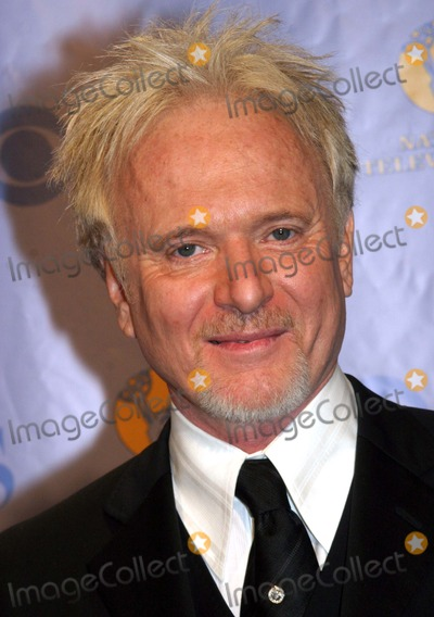 Anthony Geary Photo - 32nd Annual Daytime Emmy Awards (Press Room) Radio City Music Hall New York City 05-20-2005 Photo by Barry Talesnick-ipol-Globe Photos 2005 Anthony Geary