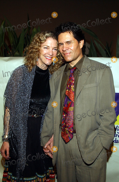 A Martinez Photo -  19th Starlight Childrens Foundation Fundraiser at the Hollywoodhighland Grand Ballroom in Hollywood CA 040602 a Martinez and Wife Photo by Amy GravesGlobe Photos Inc