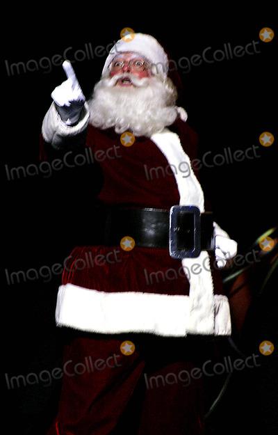 The Radio City Rockettes Photo - Katie Holmes Joins the Radio City Rockettes As They Kick Off Opening Night of the Radio City Christmas Spectacular at Radio City Music Hall  New York City 11072003 Photo by Rick Mackler  Rangefinders  Globe Photosinc Performers