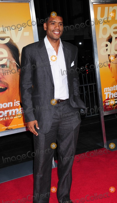 ALLEN HOUSTON Photo - the Informant Premiere at Ziegfeld Theater in New York City 09-15-2009 Photo by Ken Babolcsay-ipol-Globe Photos Inc Allen Houston