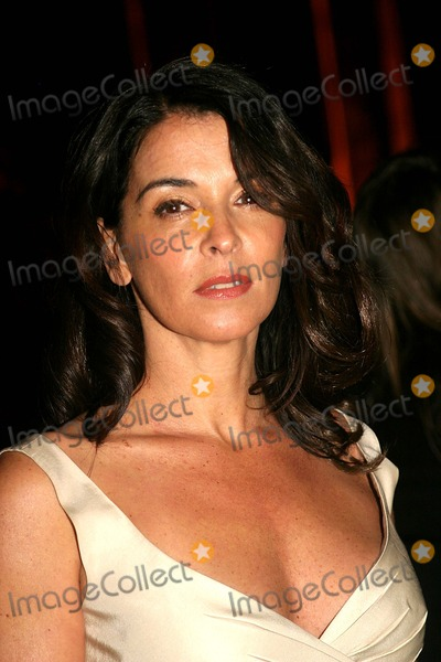 Annabella Sciorra Photo - the 2006 National Board of Review of Motion Pictures Awards Gala at Cipriani  New York City 01-09-2007 Photo by Barry Talesnick-ipol-Globe Photosinc 2007 Annabella Sciorra