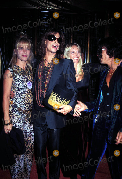 Aerosmith Photo - Mtv Music Video Awards Steven Tyler (Aerosmith) Photo Kelly Jordan  Globe Photos Inc