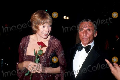 Arthur Laurents Photo - Academy Awards Oscars 1978 Phil RoachipolGlobe Photos Inc Shirley Maclaine Arthur Laurent