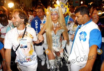 Xuxa Photo - Rio DE Janeiro Brasil Brazilian Tv Presenter Xuxa Arriving Rio de Janeiro Carniva Parade 02232004 Photo Robson Moreiracity FilesGlobe Photosinc