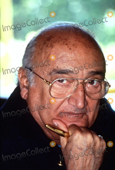 Henri Verneuil Photo - Imapressjean Fititjian- 17-09-96- Henri Verneuil En Famille (the French Director Henri Verneuil Passed Away Today 1112002 at the Age of 81) Credit ImapressGlobe Photos Inc