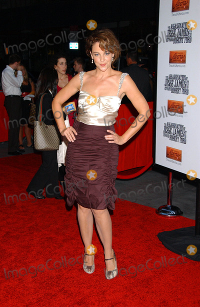 Alison Elliot Photo - Us Premiere the Assassination of Jesse James by the Coward Robert Ford at Ziegfeld Theater New York City 09-18-2007 Photo by Ken Babolcsay-ipol-Globe Photos Inc 2007 Lara Spencer