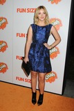 Abby Elliott Photo 5