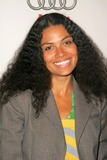 Amel Larrieux Photo 5