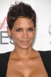 Halle Berry Photo 5