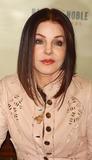 Priscilla Presley Photo 5
