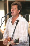Vince Gill Photo 5