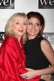 Debra Messing,Blythe Danner,BLYTH DANNER Photo - Love Benefit - Archival Pictures - Adam Nemser - 108482