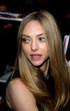 Amanda Seyfreid Photo 5