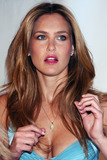 Bar Refaeli Photo 5