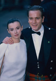 Trainspotting Photo - LondonUK   LIBRARY Ewan McGregor and Eva Mavrakis London Premiere of Star Wars Episode I - The Phantom Menace Trainspotting 1996  UPDATED090818 RefLMK11-090818-001PIP-Landmark MediaWWWLMKMEDIACOM