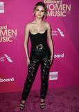 Photo - (FILE) Selena Gomez and Chris Evans Dating Rumors