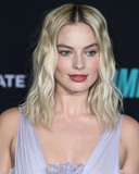 Margot Robbie Photo - WESTWOOD LOS ANGELES CALIFORNIA USA - DECEMBER 10 Actress Margot Robbie wearing Giambattista Valli Haute Couture arrives at the Los Angeles Special Screening Of Liongates Bombshell held at the Regency Village Theatre on December 10 2019 in Westwood Los Angeles California United States (Photo by Xavier CollinImage Press Agency)