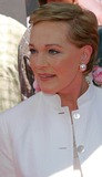 Julie Andrews Photo 5