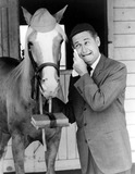 Alan Young Photo 5