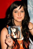 Ashlee Simpson Photo 5