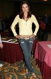 Adrianne Curry Photo 5
