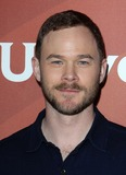 Aaron Ashmore Photo 5